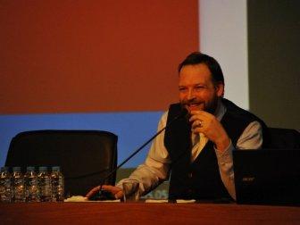Gazeteci Fatih Tezcan'dan 'Türkiye Neden Hedefte' Başlıklı Konferans