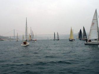 """İstanbul Boğazında Yılın İlk Yarışı """"Huafon BAU Bosphorus Sailing Cup"""""""