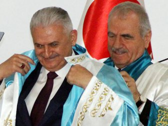Başbakan Yıldırım'a Komrat Devlet Üniversitesinde Fahri Doktora Verildi