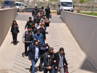 Sivas'ta FETÖ'nün 11 Mahrem İmamı Adliyeye Sevk Edildi