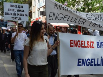 Kırıkkale'de Engelliler İçin Yürüdüler