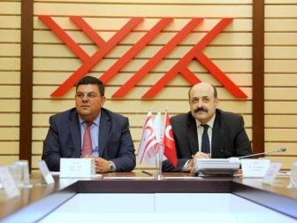 YÖK Başkanı Yekta Saraç, KKTC Milli Eğitim ve Kültür Bakanı Berova ile Bir Araya Geldi