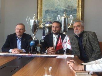 """Başkan Eyigüngör: """"3 Yabancı, 2 Türk Oyuncu Transfer Edeceğiz"""""""