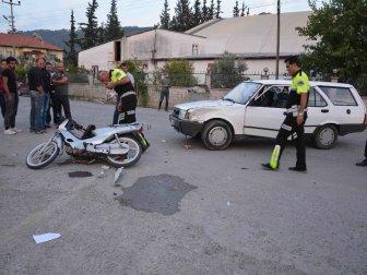 Muğla, Ortaca'da Otomobille Motosiklet Çapıştı; 2 Yaralı