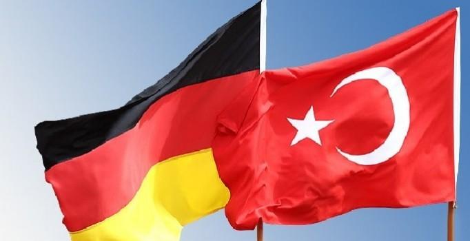 Almanya'dan Flaş İncirlik Açıklaması