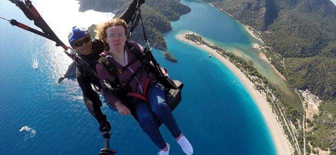 Engelli İngiliz'in Yamaç Paraşütü Hayali Fethiye'de Gerçekleşti