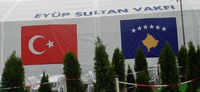Priştine'de 2 Bin Kişilik İftar Çadırı Kuruldu