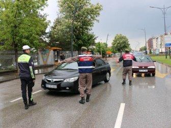 Sivas'ta Polis ve Jandarma Ekiplerinden Ortak Trafik Uygulaması