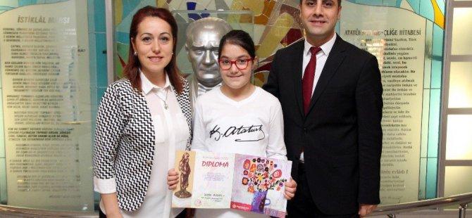 Makedonya Bitola'ada Özel Sanko İlkokulu Öğrencisi İrem Aydın'a ödül