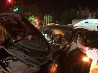 Manisa'daki Trafik Kazasında Bir Aile Yok Oluyordu! 2'si Çocuk 5 Kişi Yaralandı