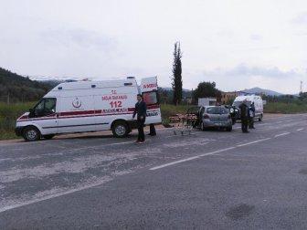 Bilecik, Osmaneli'de İki Otomobil Çarpıştı: 3 Yaralı