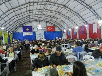 Kosova Priştine'de İlk İftar Heyecanı