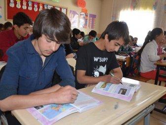 Yüksekovalı Öğrenciler ''TEOG'' Türkiye Birincisi Oldu
