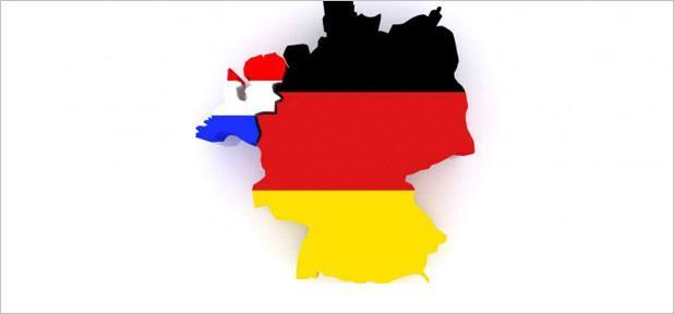 Almanya'da Bir Uğur Altıner'e Ait Minibüs Yandı