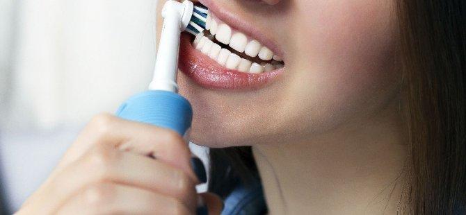 Şarjlı Diş Fırçalarına Dikkat!