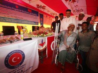 TİKA, Bangladeş'te Engellilere Ekipman ve Malzeme Desteği