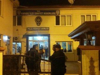 Sakarya'da Eğlence Mekanına Yapılan Baskında 4 Yabancı Uyruklu Kadın Gözaltına Alındı