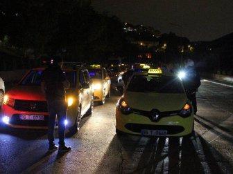 Bursa'da Merkez Taksicilerinden İlçe Taksicilerine Protesto