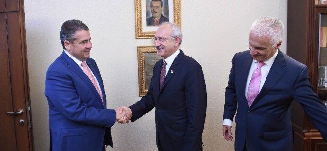 Kılıçdaroğlu, Almanya Dışişleri Bakanı Gabriel'le görüştü!
