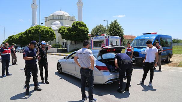 Gurbetçiler Kapıkule'den Türkiye'ye girdiler