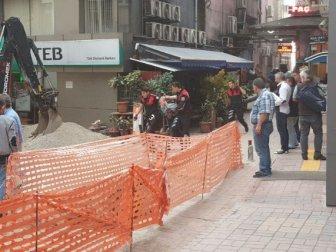 Zonguldak'ta Esnaf Komşusunu Sopayla Darp Etti