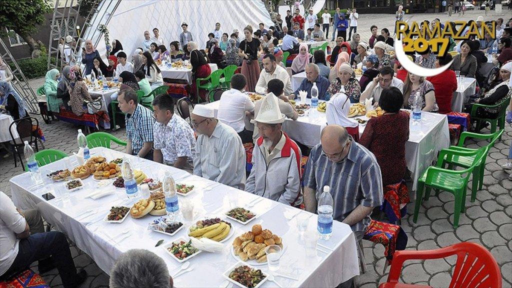 Ramazan Kırgızistan'da bir başka..