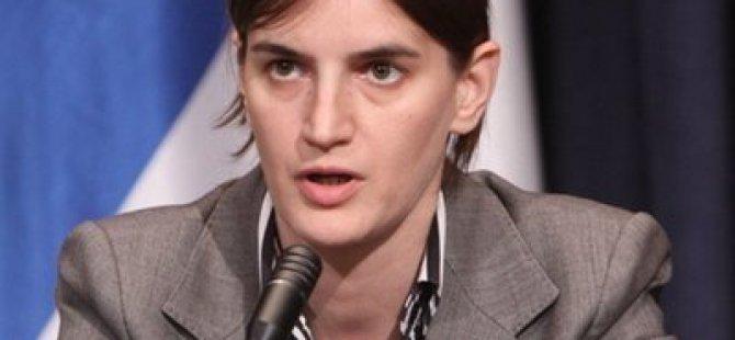 Sırbistan'da Eşcinsel Başbakan Tartışması sürüyor
