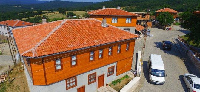 'Makyajlanan Hamdibey Köyü' Turistin Gözdesi Oldu