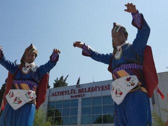 Pamukçu'ya Efe Heykeli dikildi