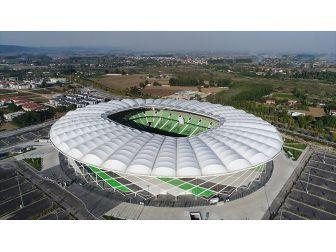Sakaryaspor Yeni Stadında İlk Maçına Çıkıyor