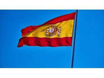 Eski Katalan Lider Carles Puigdemont Teslim Oldu