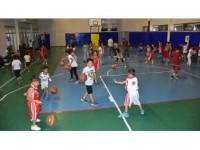 Huzur, Şırnaklı Çocuk Ve Gençleri Sporla Buluşturdu