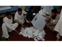 Pakistan Seçimlerinde Muhalefet Lideri İmran Han Önde