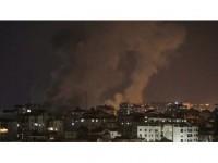 İsrail Saldırısında Filistinli Anne Ve Bebeği Şehit Oldu