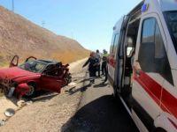 Kayseri-Sivas Karayolunda Trafik Kazası: 1'i Ağır 13 Kişi Yaralı