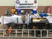 Balıkesir, Dursunbey'de İzinsiz Kazı Yapan 2 Kişi Suç Üstü Yakalandı