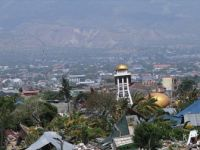 Endonezya'daki Depremde Ölü Sayısı 1571'e Yükseldi