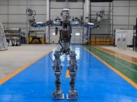 Robot 'Akıncı-4' Görücüye Çıktı