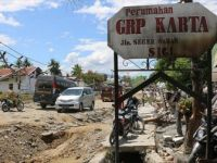 Endonezya'daki Deprem ve Tsunamide Ölenlerin Sayısı 2002'ye Yükseldi
