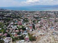 Endonezya'daki Depremde Ölü Sayısı 2 Bin 91'e Yükseldi
