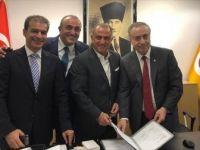 Galatasaray Kulübü, Fatih Terim'in Sözleşmesini Uzattı