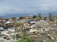 Endonezya'daki Depremde Hayatını Kaybedenlerin Sayısı 2 Bin 256'ya Yükseldi