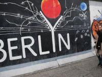 'Berlin Duvarı' 29 Yıl Önce Yıkıldı