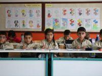 Türkiye'nin Yaşayan İlk Beşizleri Okul Sıralarını Doldurdu