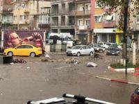 İzmir'de Sağanak ve Dolu Yağışı Etkili Oldu