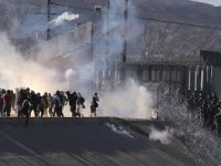 Abd Polisinden göçmenlere tepki çeken püskürtme