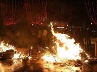 AB, 756 Kişinin Yaralandığı Fransa'daki Şiddet Olaylarına Sessiz Kaldı