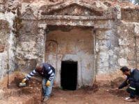 Hatay'da Roma Dönemi Mezarları Gün Yüzüne Çıkarılıyor