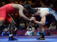 Güreş Türk Sporunun Lokomotifi Olmaya Devam Ediyor
