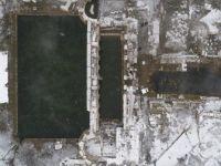 İki Bin Yıllık Roma Hamamında Kar Altında Yüzme Keyfi